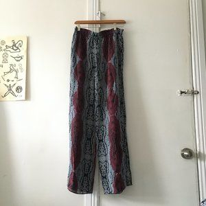 Intermix hippie pants navy red white size S